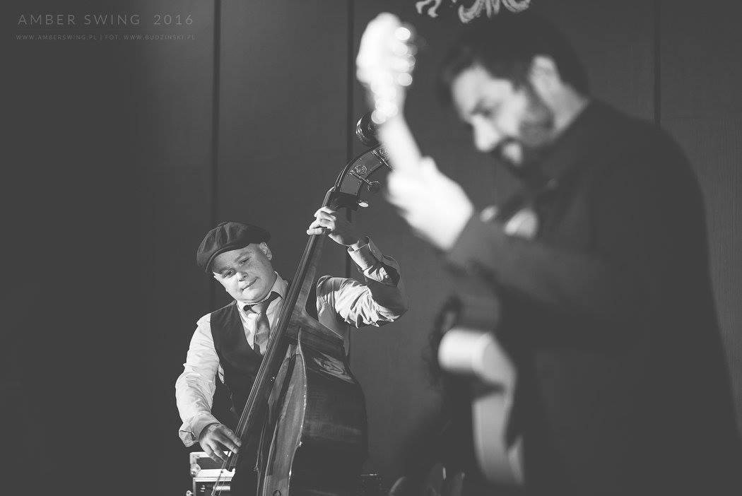 ©Amber Swing